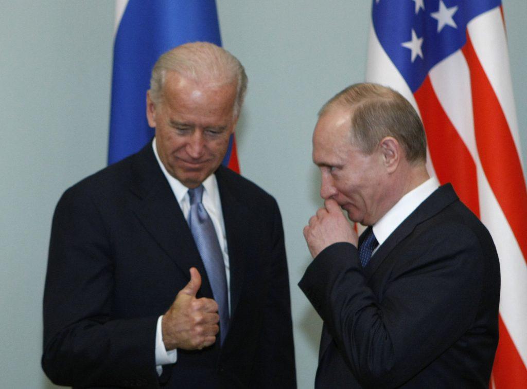 Biden: Putin je vrah, zaplatí za to, že sa pokúsil podkopať moju kandidatúru