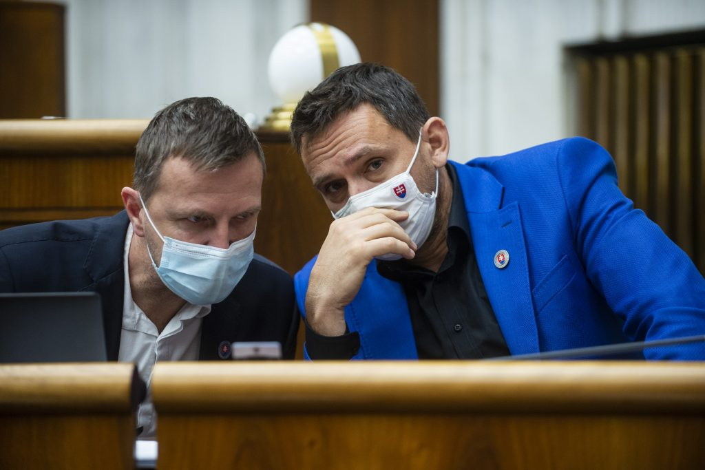Poslanec OĽaNO sa vzbúril Matovičovi: Pozrite sa do zrkadla, toto je diagnóza