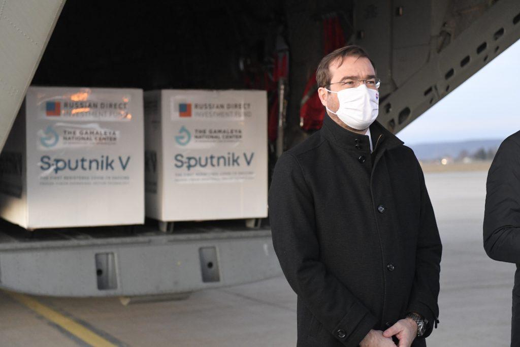 Analytik Smatana: Je dobré, že kúpili Sputnik. No nejde o odvahu, ale o hazard