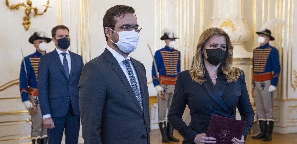 Čaputová prijala Krajčího demisiu: Nemôže to byť vnímané ako obeta