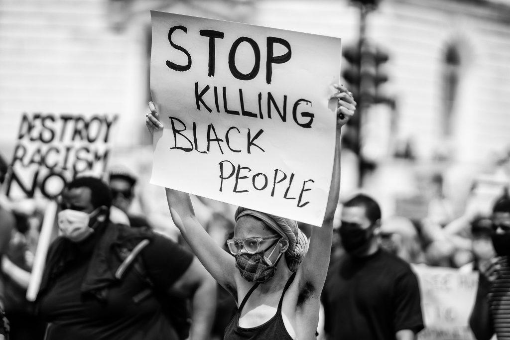 Mesto v USA začalo finančne odškodňovať potomkov černochov za segregáciu