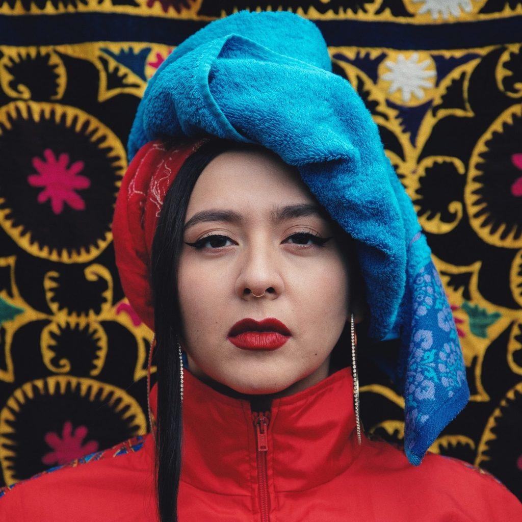 Rusi nominovali do Eurovízie tadžickú imigrantku s feministickou piesňou