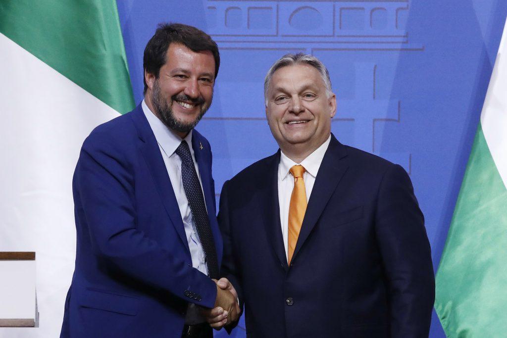 Kde zakotví Orbánov Fidesz po odchode od európskych ľudovcov?