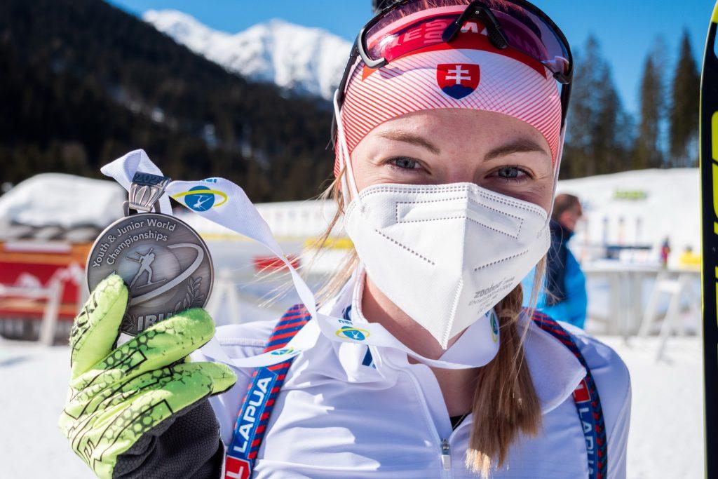 Medailové biatlonistky dokázali niečo, čo sa nepodarilo ani sestrám Fialkovým