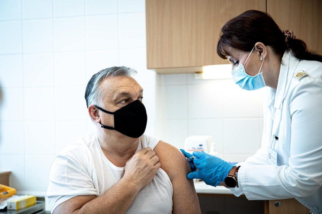 Nakazených v Srbsku a Maďarsku pribúda, priskoro sa spoľahli na poočkovaciu imunitu