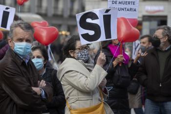 Španielski biskupi po schválení eutanázie: Je čas na výhradu vo svedomí