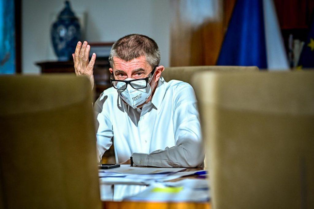 Tornádo odkrylo, ako českí vládni politici vedú ľudí k závislosti od štátu