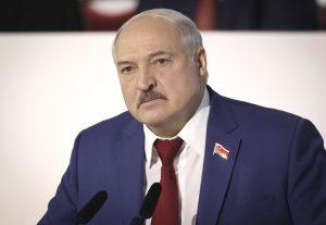 Lukašenko letecky zváža migrantov z Istanbulu, Damasku či Dubaja. Tlak na poľskú hranicu rastie