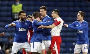 Futbalistu Kúdelu obvinili v Škótsku z rasizmu, jeho šéf hovorí o xenofóbii k strednej Európe