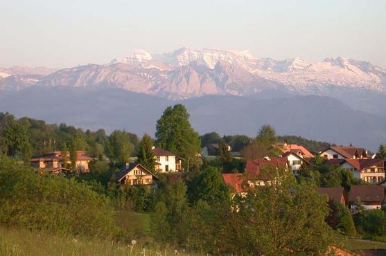 V hlavnej dedine švajčiarskych nacionalistov a odpadu