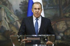 Lavrov varoval pred protibelošským rasizmom a kultúrnou revolúciou v USA