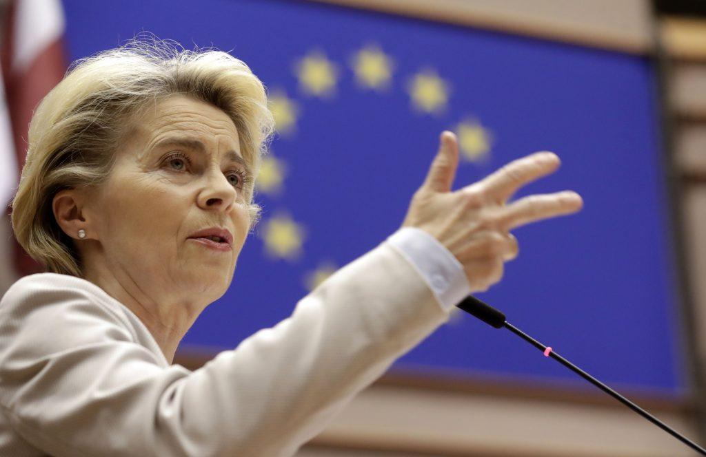 Ďalšia funkcia štátu v rukách EÚ. Úradníci z Bruselu chcú vypočítavať minimálnu mzdu