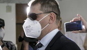 Vláda odvolala Szabóa z postu šéfa policajnej inšpekcie