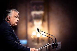Orbán: Dnešní liberáli posilňujú v strednej Európe dojem, že sú komunistami s diplomom