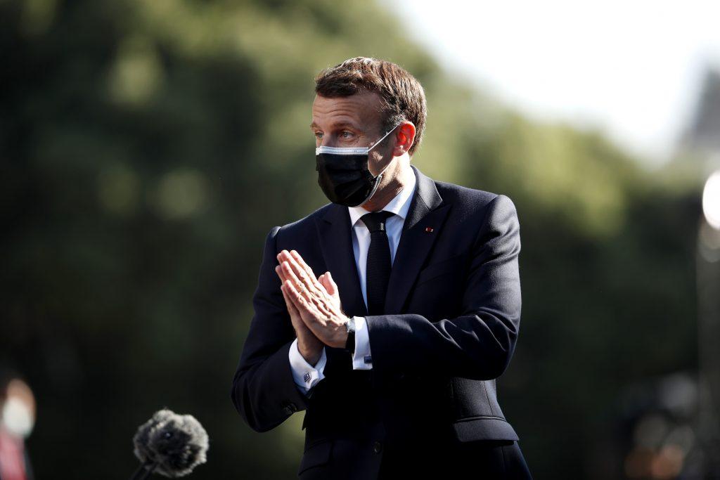 Macron aj Le Penová v regionálnych francúzskych voľbách pohoreli