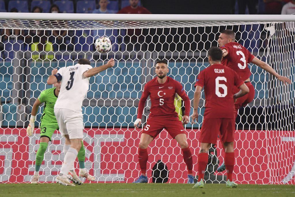 Taliani zaslúžene porazili Turkov 3:0, dnešným šlágrom bude Belgicko proti Rusku