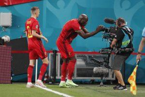 Rusi sa pozerali, ako sa hrá európsky futbal. S Belgičanmi prehrali 3:0