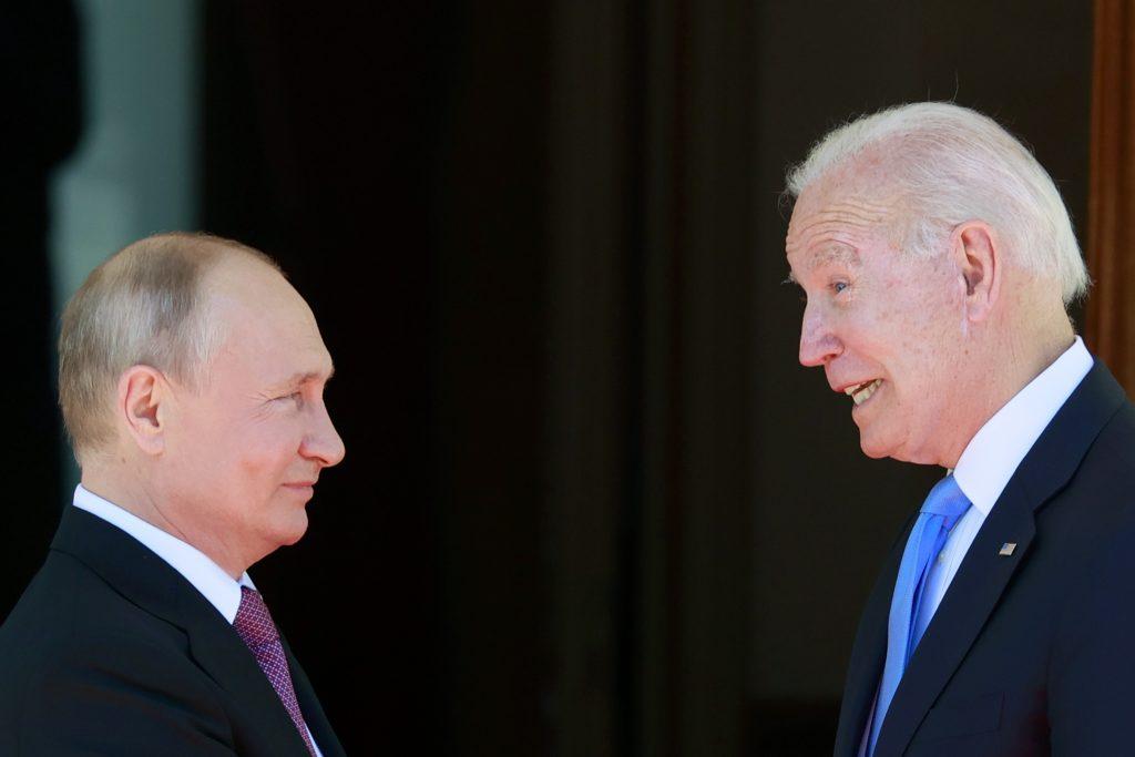 Samit Biden – Putin: Ani reštart, ani skrat