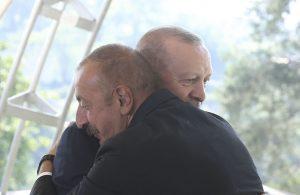 Nová zmluva pod Kaukazom: Kto napadne Azerbajdžan musí rátať s tureckou odvetou